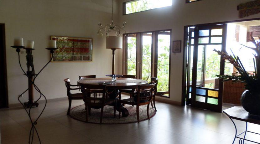 bali-sea-view-villa-sale-dining