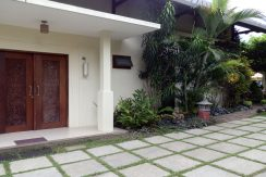 bali-sea-view-villa-sale-door