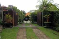 bali-sea-view-villa-sale-gate