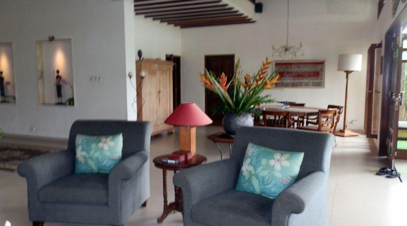 bali-sea-view-villa-sale-living-area