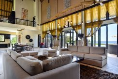 bali-beachfront-villa-sales-couch