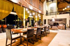 bali-beachfront-villa-sales-dining
