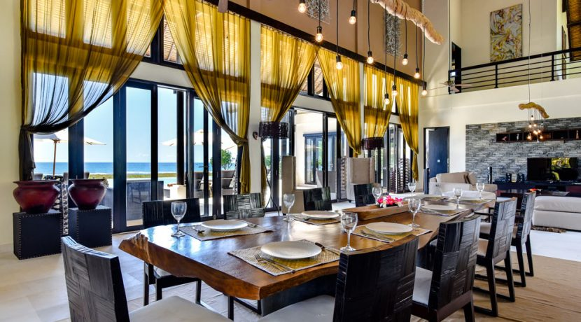 bali-beachfront-villa-sales-dining-table