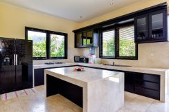 bali-beachfront-villa-sales-kitchen