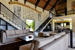bali-beachfront-villa-sales-living-area