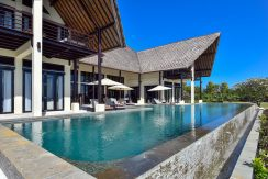bali-beachfront-villa-sales-terrace&pool