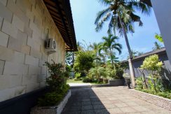 north-bali-lovina-villa-for-sale-backyard