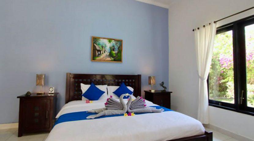 north-bali-lovina-villa-for-sale-bedroom