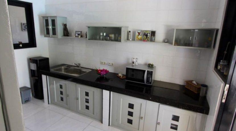 north-bali-lovina-villa-for-sale-kitchen
