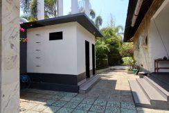 north-bali-lovina-villa-for-sale-security-house