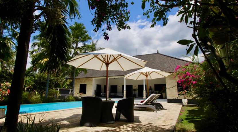 north-bali-lovina-villa-for-sale-sundeck