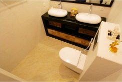north-bali-villa-kupukupu-for-sale-toilet