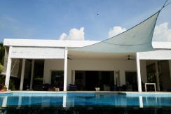bali-beachfront-villa-sun-shade