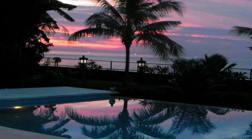 bali-beachfront-villa-sunset