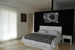 bali oceanfront villa for sale guest-bedroom