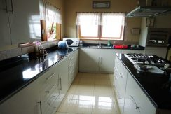 bali-beachfront-villa-for-sale-kitchenette
