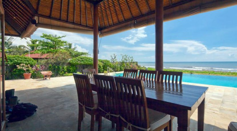 bali-beachfront-villa-for-sale-terrace-dining