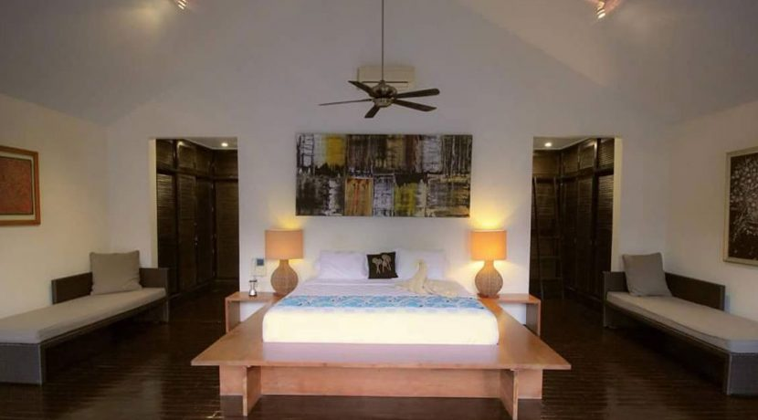 lovina-villa-estate-for-sale-bedroom