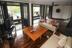lovina-villa-estate-for-sale-lounge