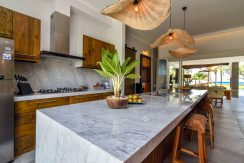 bali-beachfront-villa-for-sale-kitchen-area