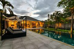 bali-beachfront-villa-for-sale-sun-loungers