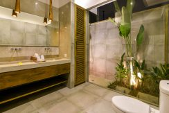 bali-beachfront-villas-for-sale-bathroom