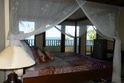 north-bali-beachfront-villa-for-lease-master-bedroom-bed