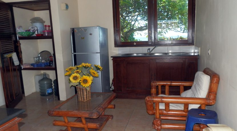 north-bali-beachfront-villa-for-lease-outdoor-kitchen