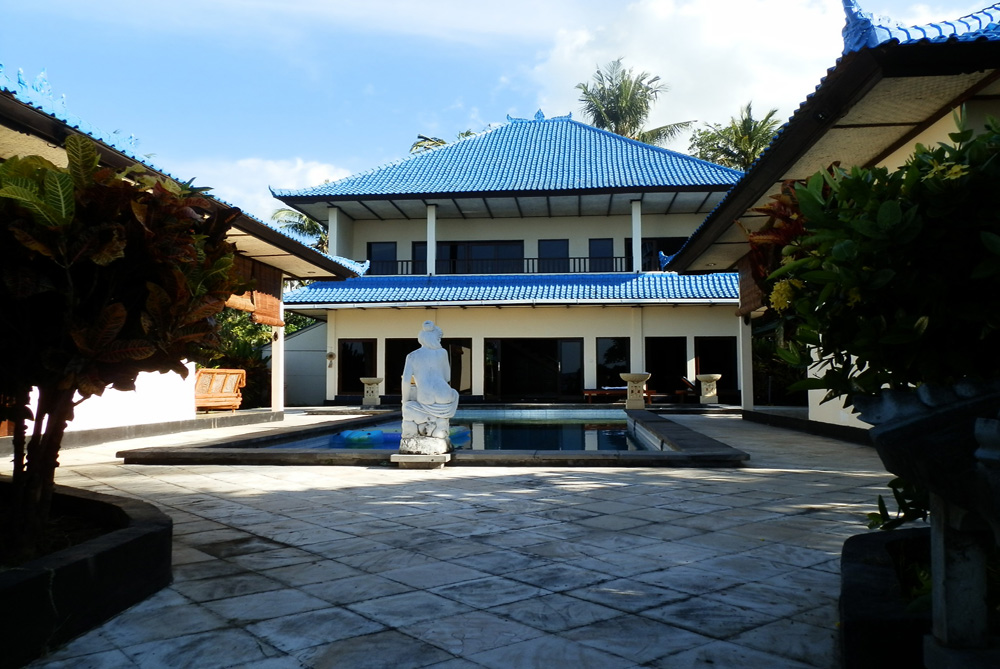Leasehold Villa Bali – beachfront with private pool