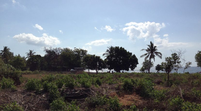 north-bali-beachfront-land-for-sale