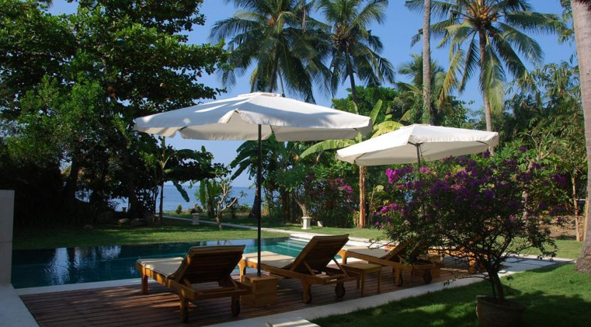 north-bali-oceanfront-villa-for-sale-pool