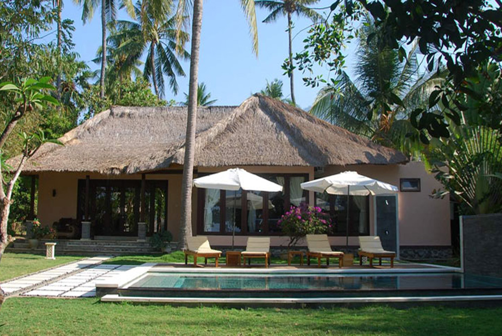 North Bali beach villa for sale NE-V022