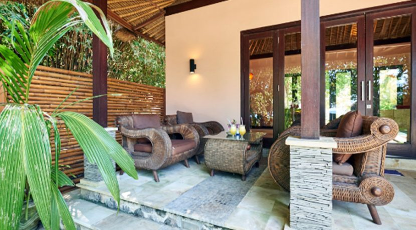 north-bali-oceanfront-villa-for-sale-terrace