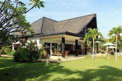 north-bali-villa-for-rent-belvedere-terrace2