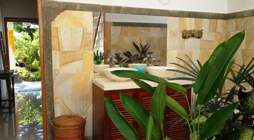 bali-sea-view-villa-sale-bathroom
