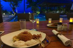 bali-seafront-villa-for-sale-dining