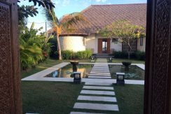 bali-seafront-villa-for-sale-pond