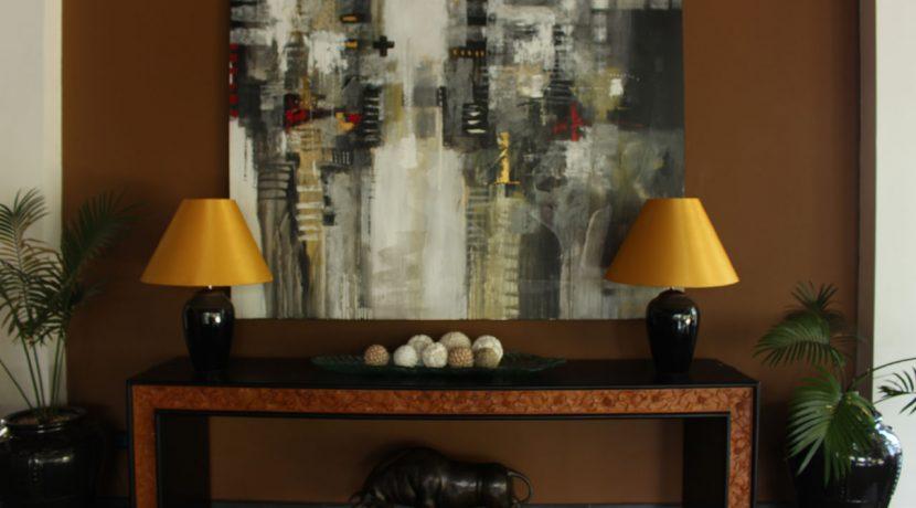 lovina-hillside-villa-for-sale-indoor-decoration-7