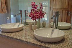 bali-villa-for-sale-leasehold-bathroom