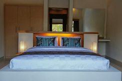bali-villa-for-sale-leasehold-master-bedroom