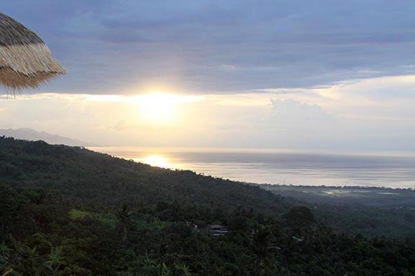 ocean-mountain-view