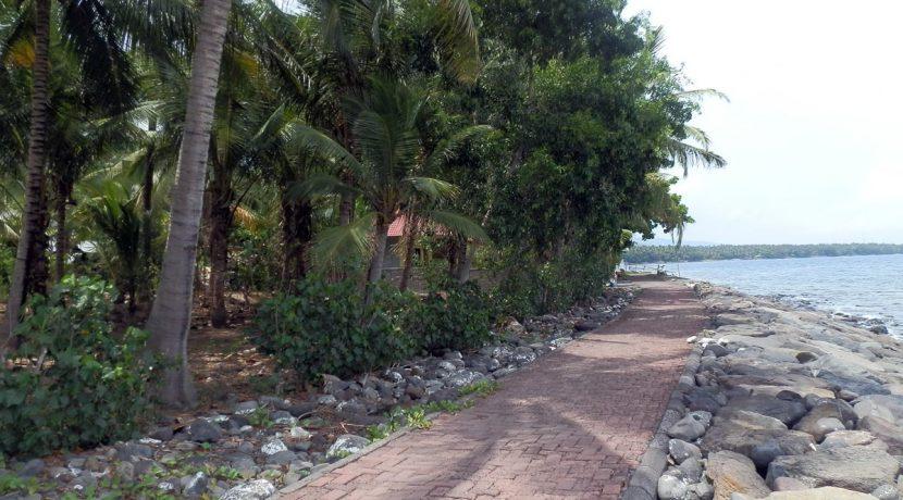 north-bali-beachfront-land-4