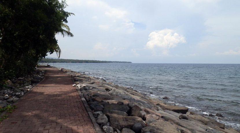 north-bali-seafront-land-3