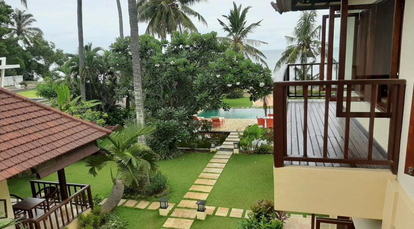 north-bali-beachfront-villa-for-sale-guest-balcony-view