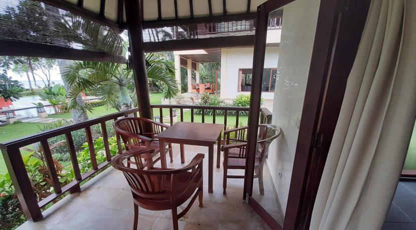 north-bali-beachfront-villa-for-sale-guesthouse-terrace