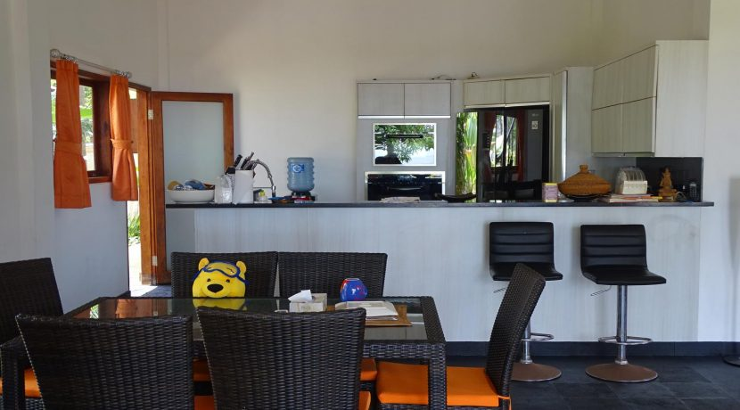 north-bali-beachfront-villa-for-sale-kitchen-dining