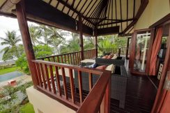 north-bali-beachfront-villa-for-sale-master-bedroom-balcony