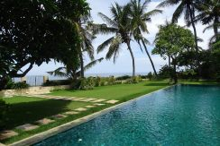 north-bali-beachfront-villa-for-sale-ocean-view