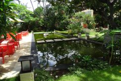 north-bali-beachfront-villa-for-sale-pond