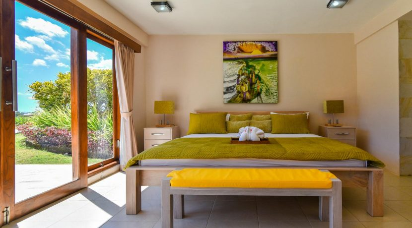 bali-villa-for-sale-guest-bedroom